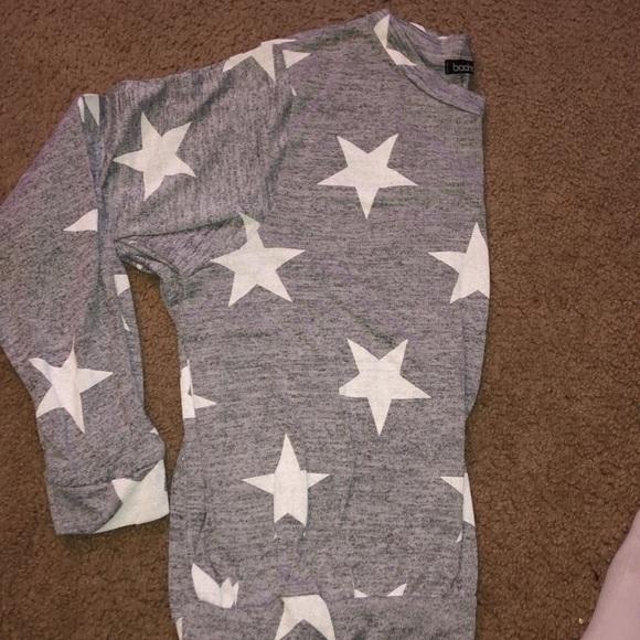 a913109271038 Boohoo Tops | Grey Star Top Sweater Like Long Sleeve | Poshmark